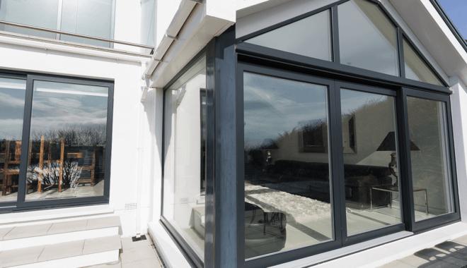 Black sliding window
