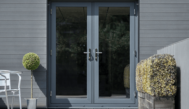 Deceuninck black door